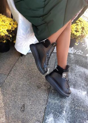 Натуральные ботинки на платформе хит этого сезона