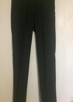 Стильные шерстяные брюки