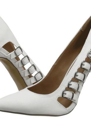 Туфли 42-43 р на шпильке