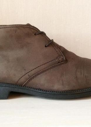 Оригинальные ботинки clarks