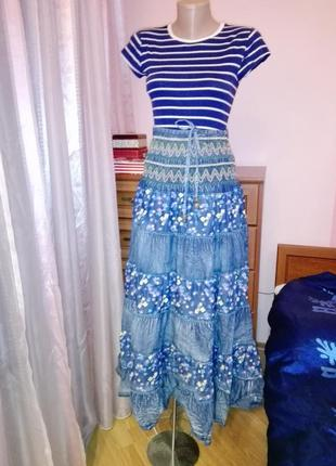 Шикарная юбка в бохо стиле джинсовая в пол