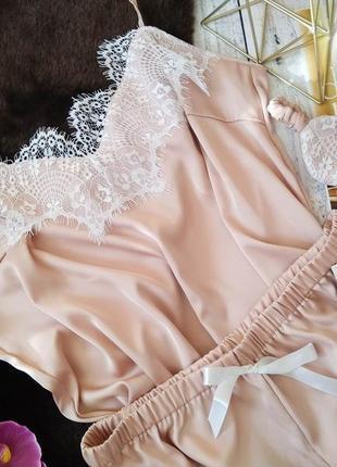 Шелковая пижама с кружевом утро невесты
