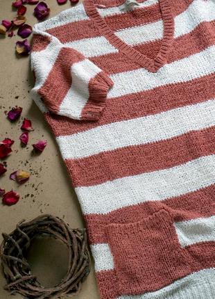 Оверсайз свитер крупной вязки в широкую полоску коричневого и белого цвета tu