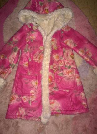 Нарядное пальто united colors of benetton на рост 145(10 лет)