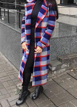 Шикарное зимнее пальто в клетку