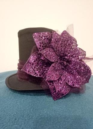 Новогодняя шляпка. шляпка карнавальная.