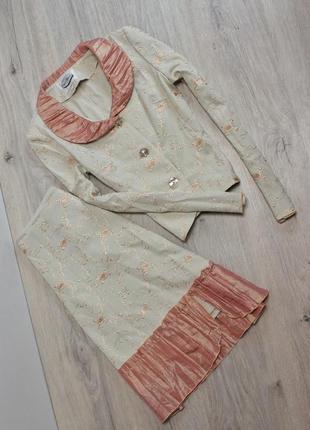 Костюм : юбка пиджак
