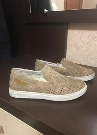 Красивые туфли мокасины на мальчика р.33