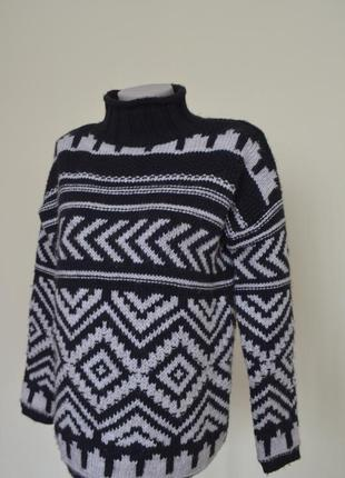 Теплый свитер гольф с шерстью