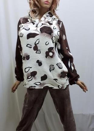 Пижама теплая махровая с капюшоном с брюками размеры м, l