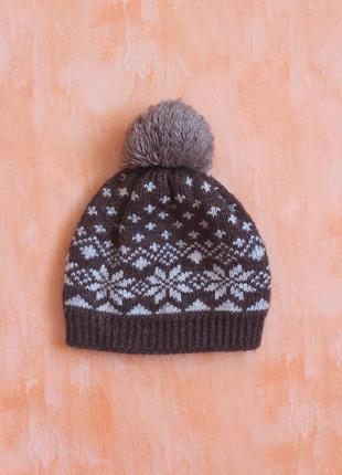 Женская зимняя теплая шапочка
