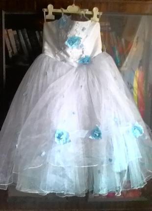 Нарядное платье на праздники