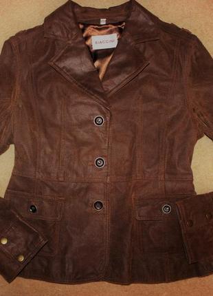 Стильні брендова шкіряні куртка відомого бренду