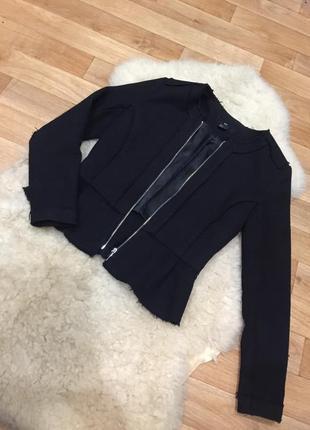 Стильный жакет пиджак с необработанными краями h&m
