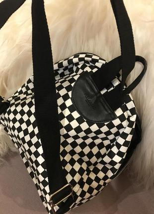 Рюкзак в клетку черно-белый pull&bear