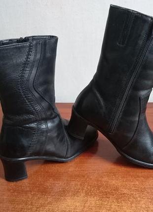 Полусапожки черные кожаные размер 36