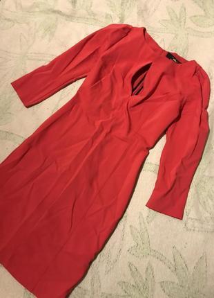 Платье плотное красное