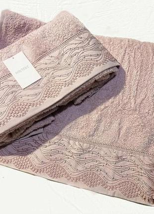 Полотенце банное и полотенце для лица