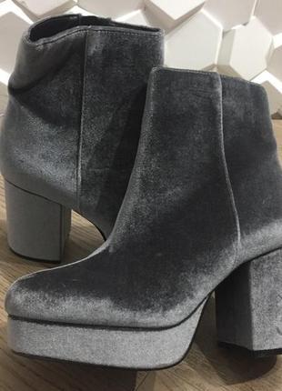 Трендовые ботинки primark limited