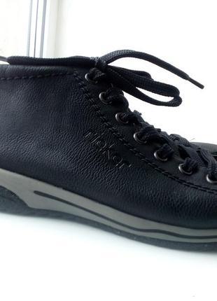 Новые ботинки кросовки rieker