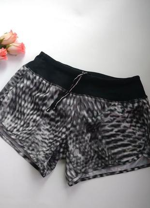 Спортивные шорты/шорты для тренировок nike оригинал xs