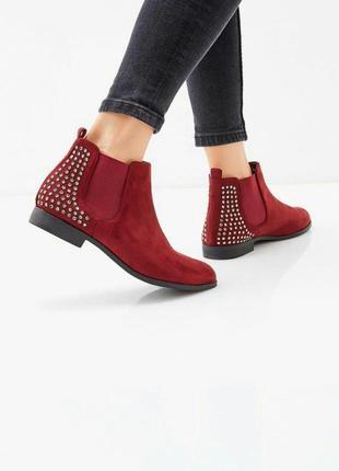 Замшевые ботинки полусапоги челси с декором камнями стразами испания марсала бордо