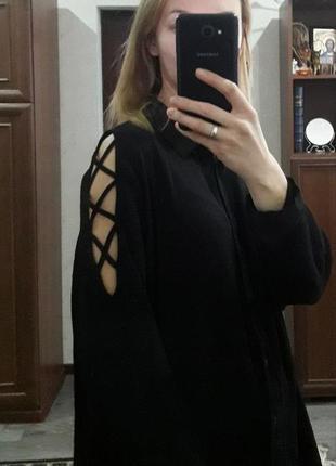 Модная блуза рубашка со шнуровкой на рукавах