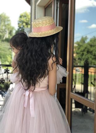 Нарядное платье с пышной фатиновой юбкой