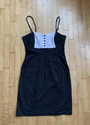 Деловое платье от h&m divided классическое чёрное белое на бретельках