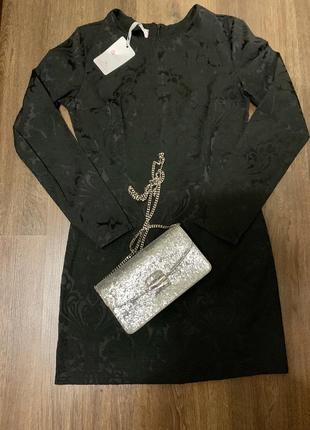Нарядное платье с жаккарда