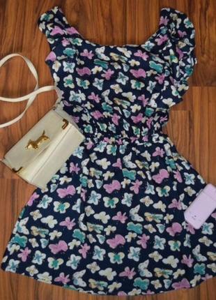 Платье в бабочки new look