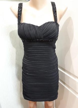 Бондажное платье