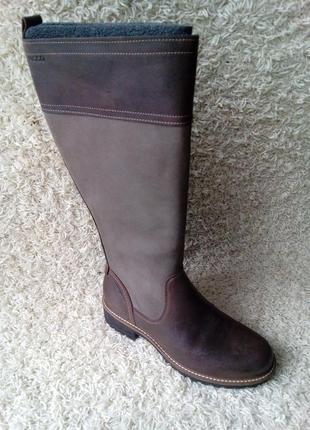 Класні зимові чобітки