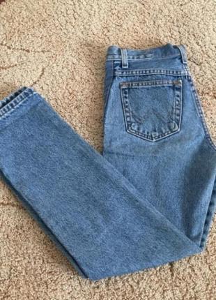 Джинсы бойфренды,  mom jeans