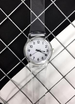 Прозрачные часы. женские часы.