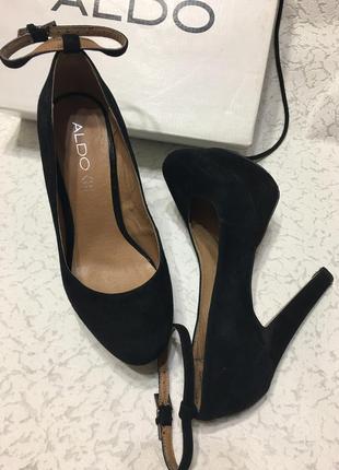 Очень крутые кожаные туфли