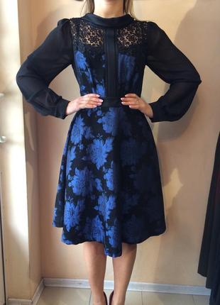 Раскошное платье kiwe