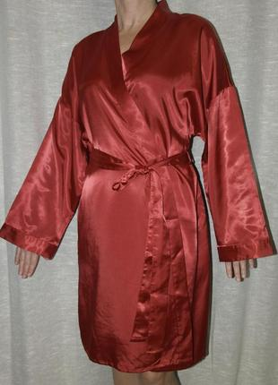 Marks & spencer атласный красный короткий халатик