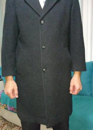 Пальто классическое мужское серого цвета. немецкий бренд  smarty.