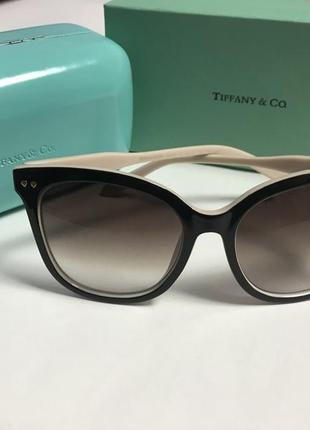 Очки женские брендовые