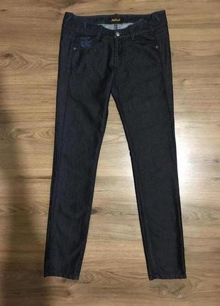 Роскошные фирменные джинсы,тунис!