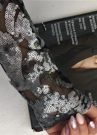 Zara потрясающее платье,в 💀  паетки ! увесистое !фото мои и на мне . с м л,замеры внутри