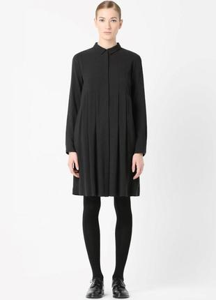 Стильное платье рубашка в складку в составе шерсть от cos