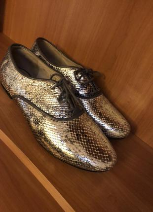Крутые туфли fellini