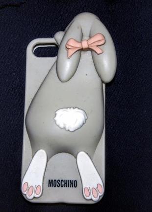 Moschino силиконовый чехол на iphone 5 5s se