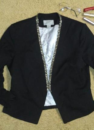 Ликвидация ассортимента, стоп цена - стильный пиджак вышитый бисером h&m