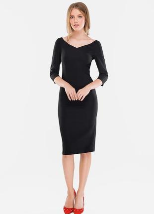 Платье футляр с v-образным вырезом от must have