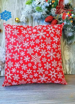 Подушка новогодняя красная снежинки