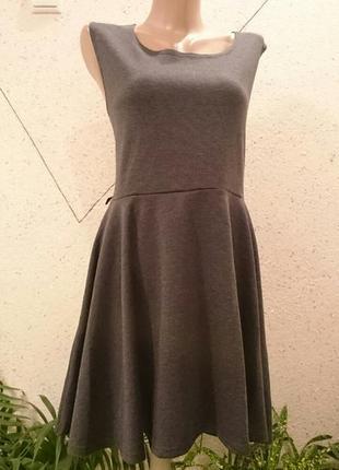 Теплое платье 14-18