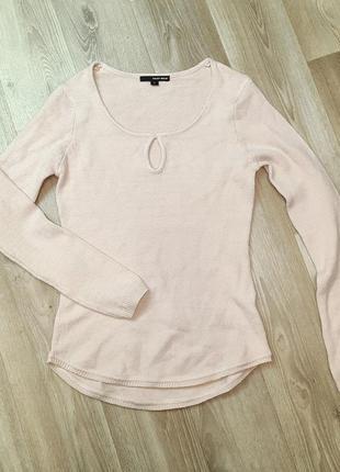 Нежная тепленькая кофточка свитер